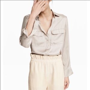 H&M Long-sleeved shirt in satin with a collar 14